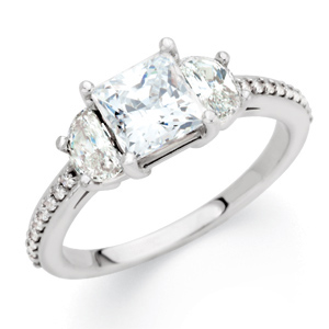 3-Stone Engagement Ring Mounting DD - 121635:101:P
